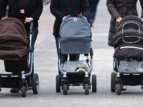 Zu dick, zu wenig Kinder - die Deutschen in Europa