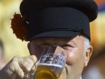 Juri Luschkow, moskauer Bürgermeister, 2000