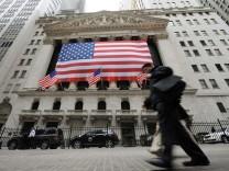 Insider-Skandal an der Wall Street: Ein Ex-IBM-Manager muss nun in Haft, weil er seiner Geliebten zuviel verraten hat.