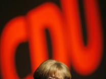 Gefahr von Rechts für Merkel